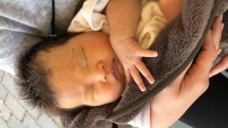赤ちゃんの寝かしつけに関する写真