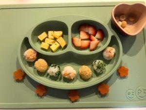 離乳食の食器ezpz(イージーピージー)のインスタ映え画像