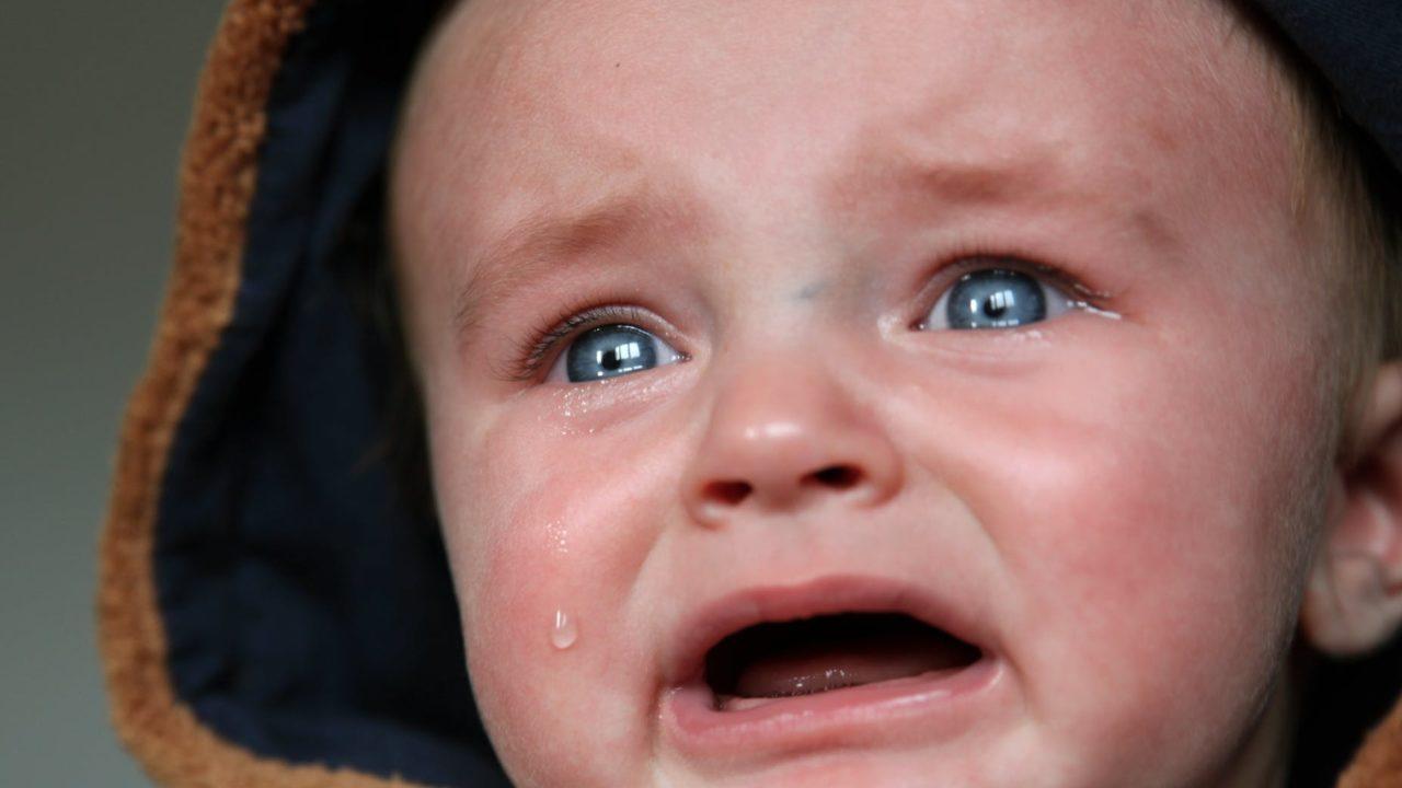 赤ちゃんが癇癪おこすのイメージ画像1