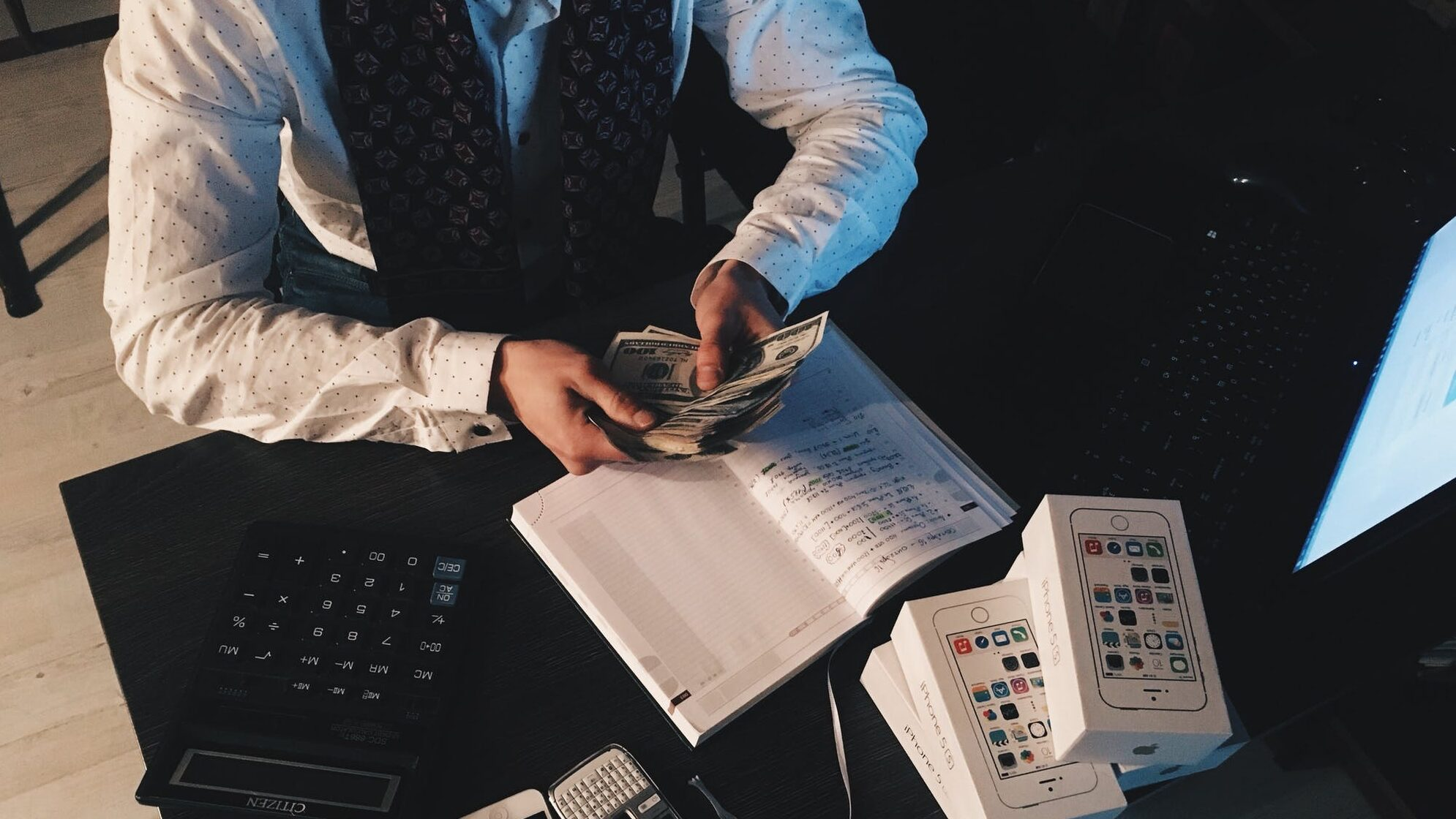 家計のお金やりくりをつけるって何をつける?のイメージ画像1