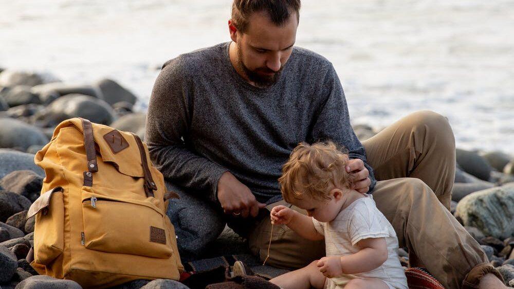 赤ちゃんとの遊び方がわからない…二人きりでの過ごし方がわからない…のイメージ画像3