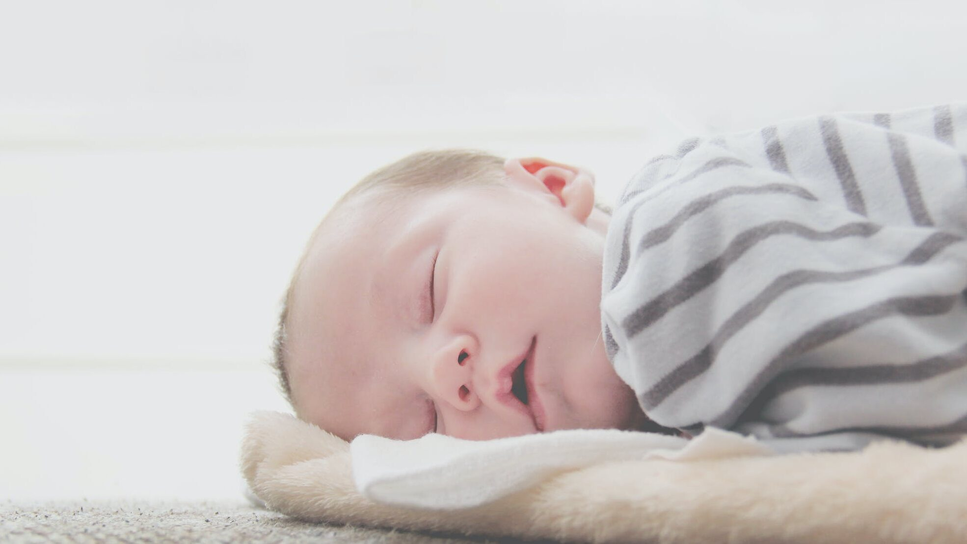 新生児のしゃっくりが毎日(ミルクや授乳後)止まらない…原因は?多い病気は?止める方法は?のイメージ画像10