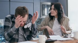 旦那のことが嫌いになったきっかけランキング!妻たちの心の叫びを集めてみた!のイメージ画像2